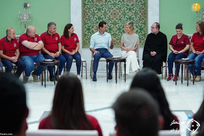 تصاویر: دیدار بشار اسد و همسرش با دانشجویان